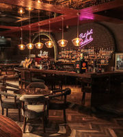 1 Oak Cafe & Bar,Defence Colony, South Delhi