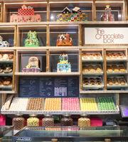 The Chocolate Box Lounge,Radisson Blu MBD, Noida