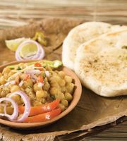 Bhanu Ke Mashoor Chole Bhature,Malviya Nagar, South Delhi
