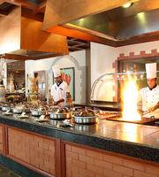 24/7 Restaurant,The Lalit, Mumbai