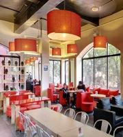 Cafe PETER,Deccan Gymkhana, Pune