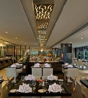 K-19 All Day Dining,Radisson Kolkata Ballygunge