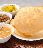 Cafe Bollywood,Kankaria, South Ahmedabad