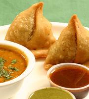Gayatri Bhajipav & Fast Food,Shahibagh, North Ahmedabad