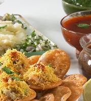 Thirthraj Fast Food,Chandkheda, North Ahmedabad