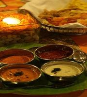 The Café Express - The Lalit,Jawahar Nagar