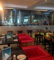 Malt & Co.,The Piccadily Hotel, Chandigarh