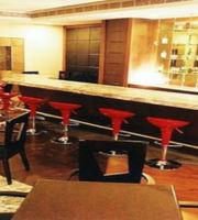 Downtown Bar,Regenta Central Deccan, Chennai