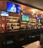 Huddle Sports Bar,Citymax Hotels Bur Dubai