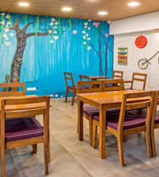 Me Time Cafe,Versova, Western Suburbs