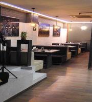 Classy Cafe Bar & Restaurant ,South Extension 1, South Delhi