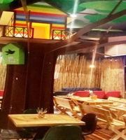 Tree House cafe,Civil Lines, Agra