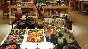 Magnificent South Indian Restaurants Near Me In Bengaluru South Indian Interior Design Ideas Tzicisoteloinfo