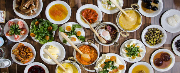 Top 10 Places For A Sunday Brunch In Delhi NCR