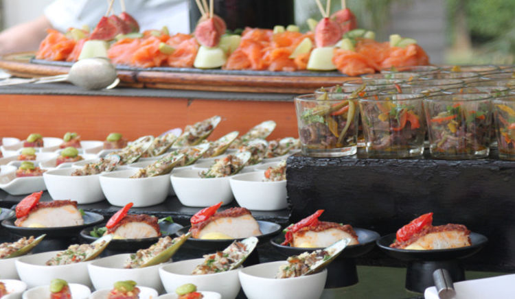 Super 5 New Year Brunch And Buffets In Delhi Home Interior And Landscaping Oversignezvosmurscom